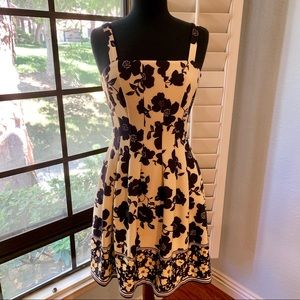 VINCE CAMUTO Gorgeous Dress • NEW!!